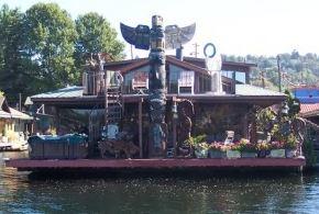 canalboat restaurant